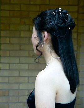 Asian woman shoulder.jpg